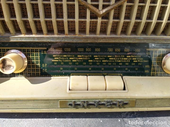 Radios de válvulas: Antigua radio INTER TEXAS modelo P. 239 madera válvulas - Foto 4 - 194099091
