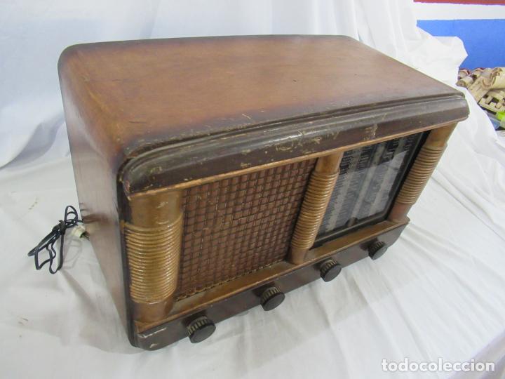 Radios de válvulas: Radio Antigua 50 x 30 x 25 cm. - Foto 3 - 194218558