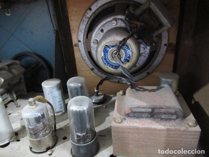 Radios de válvulas: Radio Antigua 50 x 30 x 25 cm. - Foto 12 - 194218558