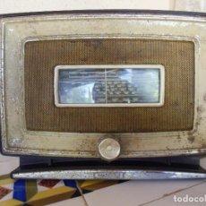 Radios de válvulas: INUSUAL Y RARA APARATO DE RADIO MARCONI MOD.450.CARCASA METALICA.33X25X17 CM.. Lote 194220578