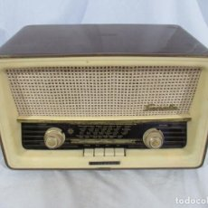 Radios de válvulas: ANTIGUA RADIO TELEFUNKEN SONATA U.2135 - MADE IN SPAIN. Lote 194223112