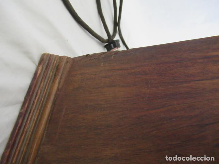 Radios de válvulas: Antigua Radio de Capilla Clarita 42 x 40 x 23 cm. - Foto 6 - 194224262