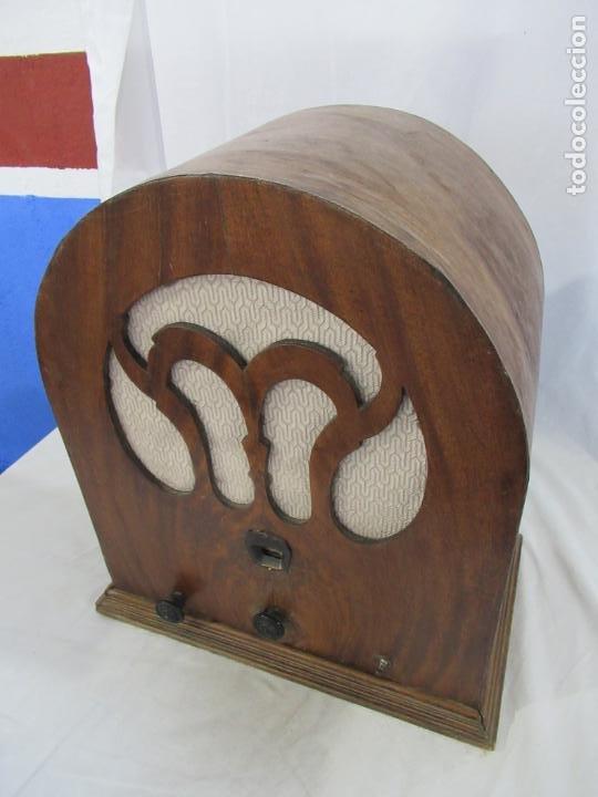 Radios de válvulas: Antigua Radio de Capilla Clarita 42 x 40 x 23 cm. - Foto 20 - 194224262