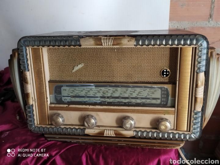 PRECIOSA RADIO ANTIGUA (Radios, Gramófonos, Grabadoras y Otros - Radios de Válvulas)