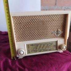 Radios de válvulas: PEQUEÑA RADIO THOMSON. Lote 194278561