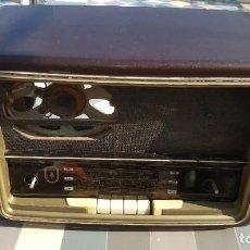 Radios de válvulas: RADIO DE VALVULAS BUSH TYPE VHF71 BAQUELITA. Lote 194346603