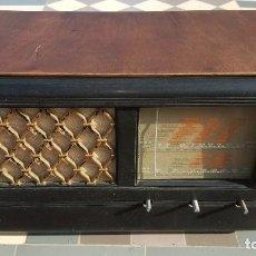 Radios de válvulas: RADIO DE VALVULAS HMV - HIS MASTERS VOICE. Lote 194347331