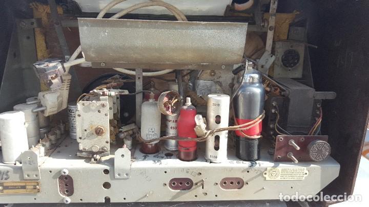 Radios de válvulas: Radio antigua de Valvulas Philips 170A-15 baquelita - Grande - Foto 14 - 194348258