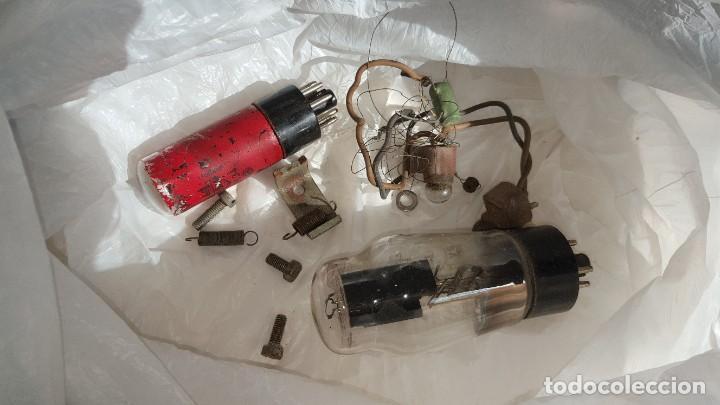 Radios de válvulas: Radio antigua de Valvulas Philips 170A-15 baquelita - Grande - Foto 15 - 194348258
