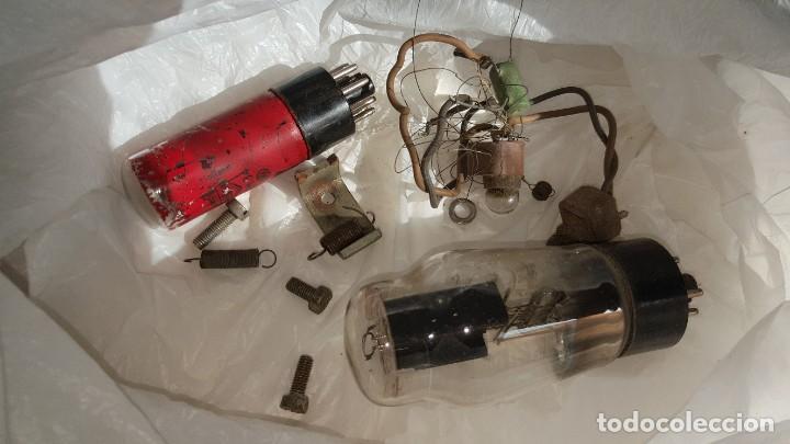 Radios de válvulas: Radio antigua de Valvulas Philips 170A-15 baquelita - Grande - Foto 16 - 194348258