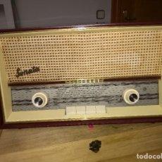 Radios de válvulas: VENTA DE RADIO TELEFUNKEN MODELO SONATA FUNCIONANDO PERFECTAMENTE EL PRECIO ES DE 98E. Lote 194607246