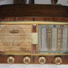 Radios de válvulas: ANTIGUA RADIO DE VÁLVULAS MARCA BERTRAN MODELO D-780 PARA DECORAR. Lote 194620646