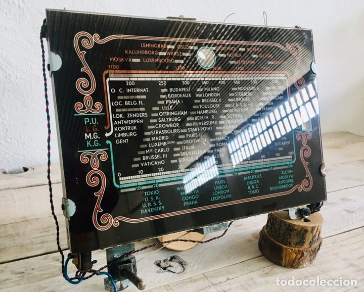 Radios de válvulas: RADIO ANTIGUA CON DIAL DE CRISTAL RECEPTOR INTERNACIONAL DE FRECUENCIA APARATO RADIODIFUSION - Foto 2 - 194695343