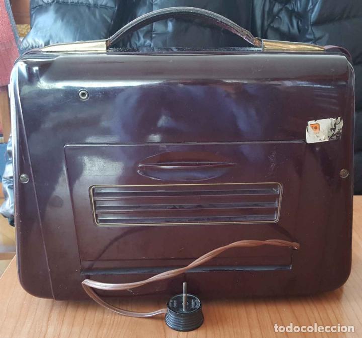 Radios de válvulas: Antigua radio KREFFT de válvulas (Alemania, 1950's) PASCHA UKW. Coleccionista. Original - Foto 5 - 194737947