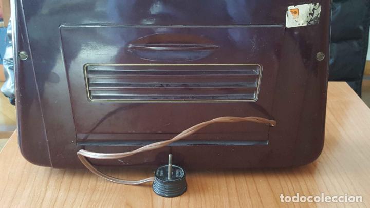 Radios de válvulas: Antigua radio KREFFT de válvulas (Alemania, 1950's) PASCHA UKW. Coleccionista. Original - Foto 8 - 194737947