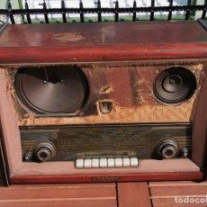 Radios de válvulas: GRAN RADIO ANTIGUA DE VALVULAS PHILIPS. Lote 194934827