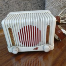 Radios à lampes: RADIO DE VALVULAS PULGARCITO. Lote 194988683