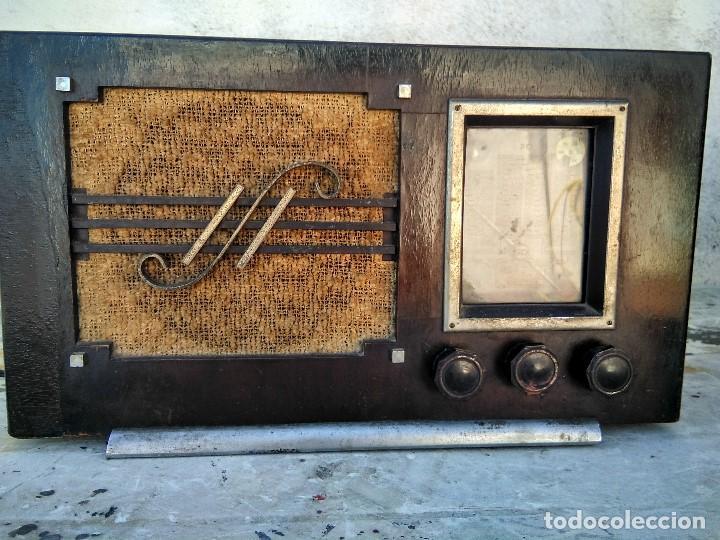 ANTIGUA RADIO DE VALVULAS FUNCIONANDO (Radios, Gramófonos, Grabadoras y Otros - Radios de Válvulas)