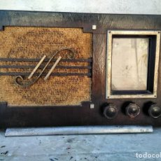 Radios de válvulas: ANTIGUA RADIO DE VALVULAS FUNCIONANDO. Lote 195124232