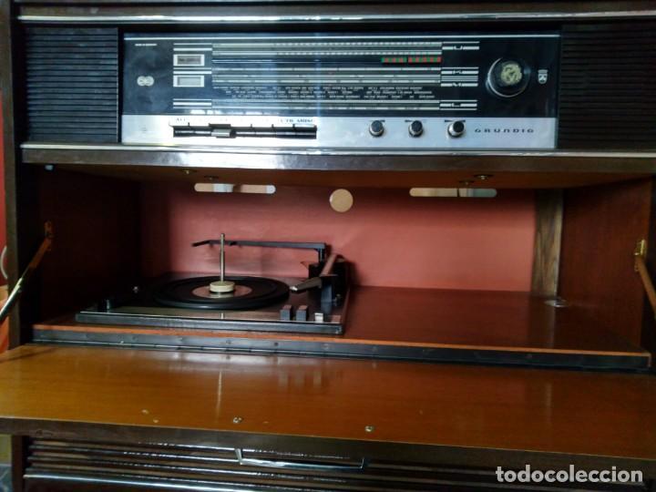 Radios de válvulas: Radio y tocadiscos GRUNDING - Foto 2 - 195254470