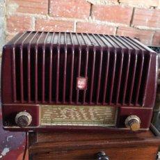 Radios de válvulas: PEQUEÑA RADIO ANTIGUA DE VÁLVULAS. Lote 195383212