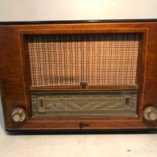 Radios de válvulas: RADIO PHILIPS ANTIGUA, MODELO BE-541 A. AÑO 1954.. Lote 195531457