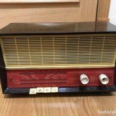 Radios de válvulas: ANTIGUA RADIO PHILIPS DE VALVULAS AÑOS 60. Lote 195955548