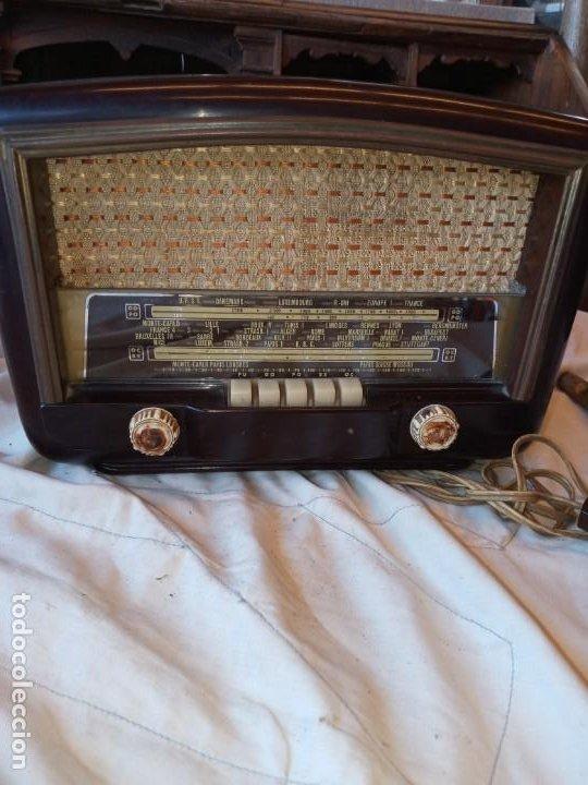 RADIO ANTIGUA AÑOS 50 . (Radios, Gramófonos, Grabadoras y Otros - Radios de Válvulas)
