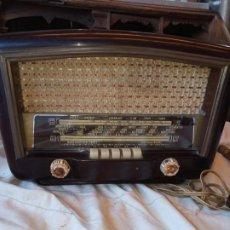 Radios de válvulas: RADIO ANTIGUA AÑOS 50 .. Lote 195989768