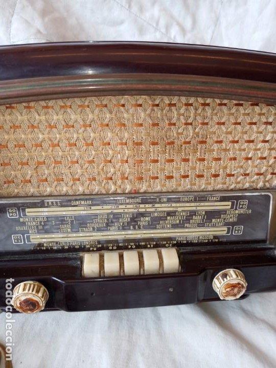 Radios de válvulas: Radio antigua años 50 . - Foto 2 - 195989768