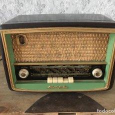 Radios de válvulas: RADIO FRANCESA MARCA AMPLI. ENCIENDE 220V PERO NO SE ESCUCHA.. Lote 196021195