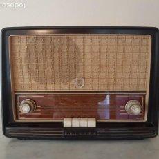 Radios de válvulas: ANTIGUA RADIO PHILIPS. Lote 196388123