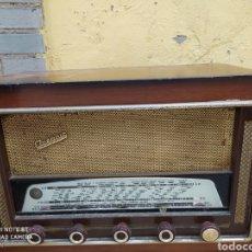 Radios de válvulas: FABULOSA RADIO DE VÁLVULAS. Lote 196592886