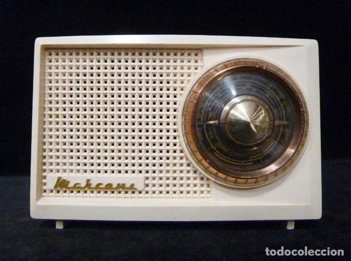 ANTIGUA RADIO MARCONI MOD. UM 137 DE 4 VÁLVULAS. 21,5X14X12 CM. AÑO 1952. FUNCIONANDO. ESCASA (Radios, Gramófonos, Grabadoras y Otros - Radios de Válvulas)