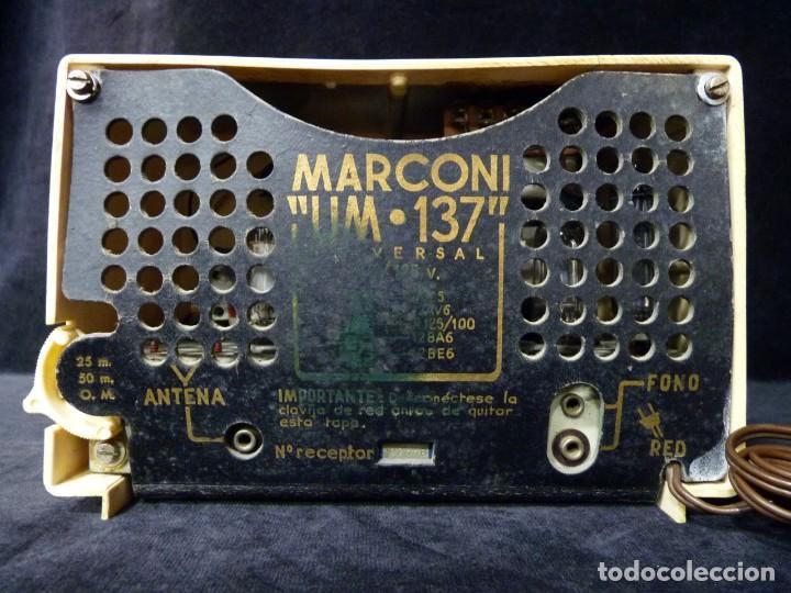 Radios de válvulas: ANTIGUA RADIO MARCONI MOD. UM 137 DE 4 VÁLVULAS. 21,5x14x12 cm. AÑO 1952. FUNCIONANDO. ESCASA - Foto 17 - 197161791