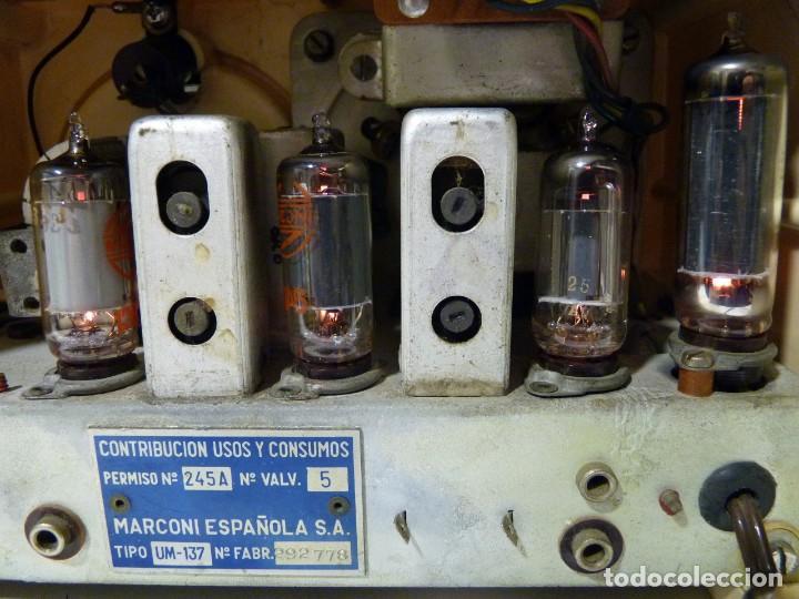Radios de válvulas: ANTIGUA RADIO MARCONI MOD. UM 137 DE 4 VÁLVULAS. 21,5x14x12 cm. AÑO 1952. FUNCIONANDO. ESCASA - Foto 22 - 197161791