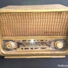 Rádios de válvulas: RADIO ANTIGUA DE VALVULAS KLARMAX. Lote 197244707