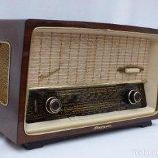 Radios de válvulas: ANTIGUA RADIO DE VÁLVULAS NECKERMANN, CASÍ COMO NUEVA, FUNCIONANDO CON BUEN SONIDO (VER VÍDEO). Lote 197914562