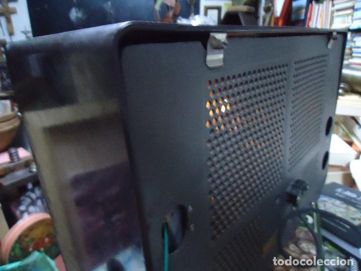 Radios de válvulas: preciosa RADIO MULLARD carcasa de vakelita año 1937 FUNCIONANDO funciona perfectamente tiene todo or - Foto 11 - 198228575