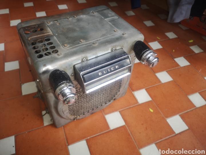 Radios de válvulas: Radio antigua válvulas Buick roadMaster 1953 - Foto 2 - 198259446