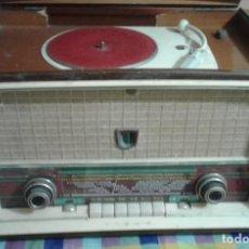 Radios de válvulas: RADIO TOCADISCO ASKAR GR-616-A MONTA TOCADISCOS PHILIPS 1959 ESPAÑOL PARA RESTAURAR. Lote 198397070