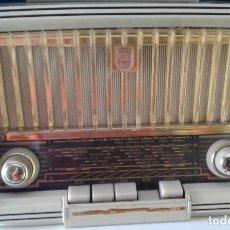 Rádios de válvulas: BONITO RADIO ALEMÁN PHILIPS FUNCIONANDO Y EN EXCELENTE ESTADO MOD. 283Z BD283U. Lote 198795006