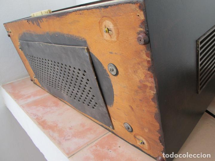 Radios de válvulas: Radio Grundig 5067 - Foto 24 - 198940770