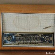 Radios de válvulas: RADIO VALVULAS BLAUPUNKT GRANADA DE LUXE TYPE 2330 .AÑO 1957 - FUNCIONA. Lote 201801063