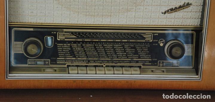 Radios de válvulas: Radio Valvulas Blaupunkt Granada De Luxe Type 2330 .Año 1957 - FUNCIONA - Foto 3 - 201801063