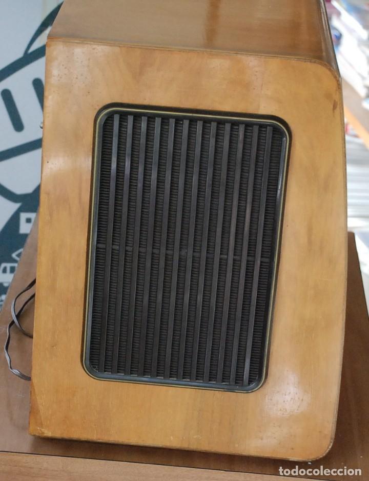 Radios de válvulas: Radio Valvulas Blaupunkt Granada De Luxe Type 2330 .Año 1957 - FUNCIONA - Foto 5 - 201801063
