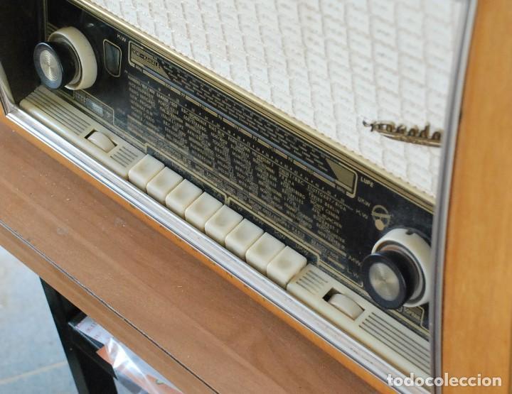 Radios de válvulas: Radio Valvulas Blaupunkt Granada De Luxe Type 2330 .Año 1957 - FUNCIONA - Foto 7 - 201801063