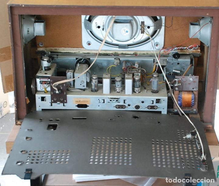 Radios de válvulas: Radio Valvulas Blaupunkt Granada De Luxe Type 2330 .Año 1957 - FUNCIONA - Foto 10 - 201801063