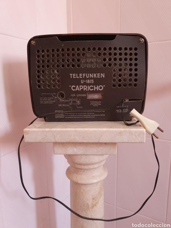Radios de válvulas: ANTIGUA RADIO DE BAQUELITA MODELO CAPRICHO U-1815 MARCA TELEFUNKEN POR FAVOR LEER DESCRIPCIÓN - Foto 4 - 202652570