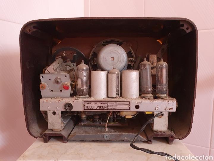 Radios de válvulas: ANTIGUA RADIO DE BAQUELITA MODELO CAPRICHO U-1815 MARCA TELEFUNKEN POR FAVOR LEER DESCRIPCIÓN - Foto 6 - 202652570